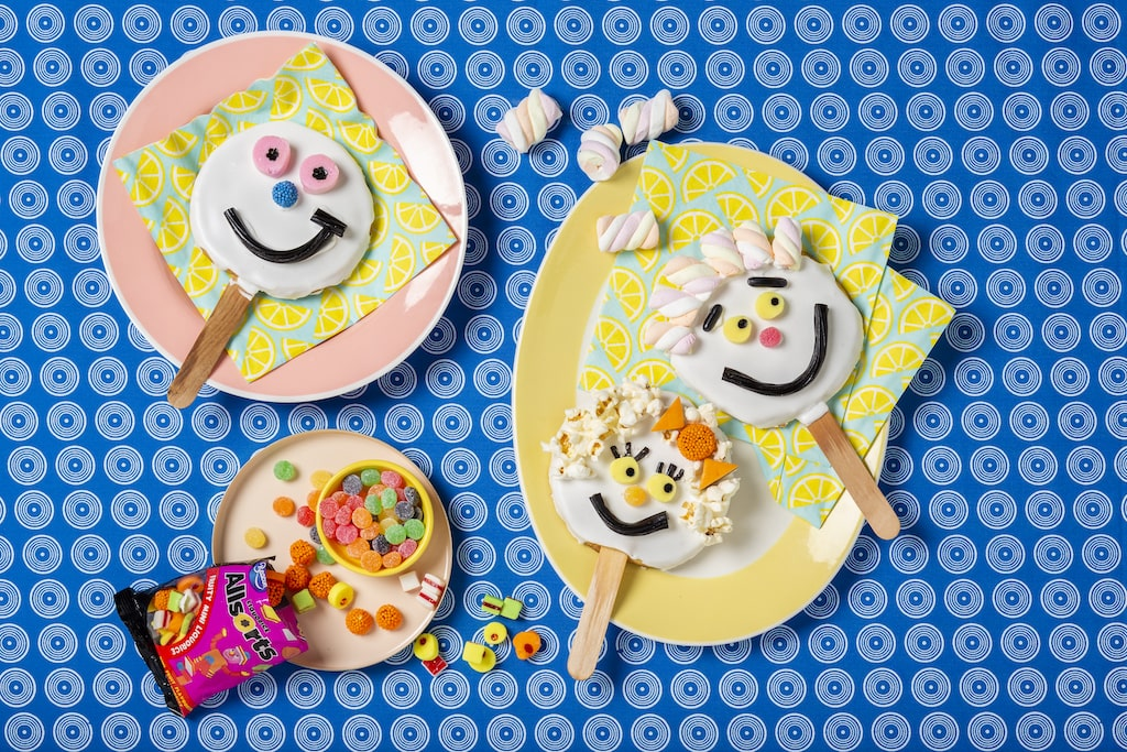 funny-face-cookie-lollies